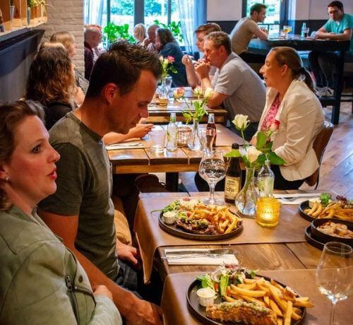 <em>Bourgondisch</em><br />genieten van lunch en diner<em>.</em>